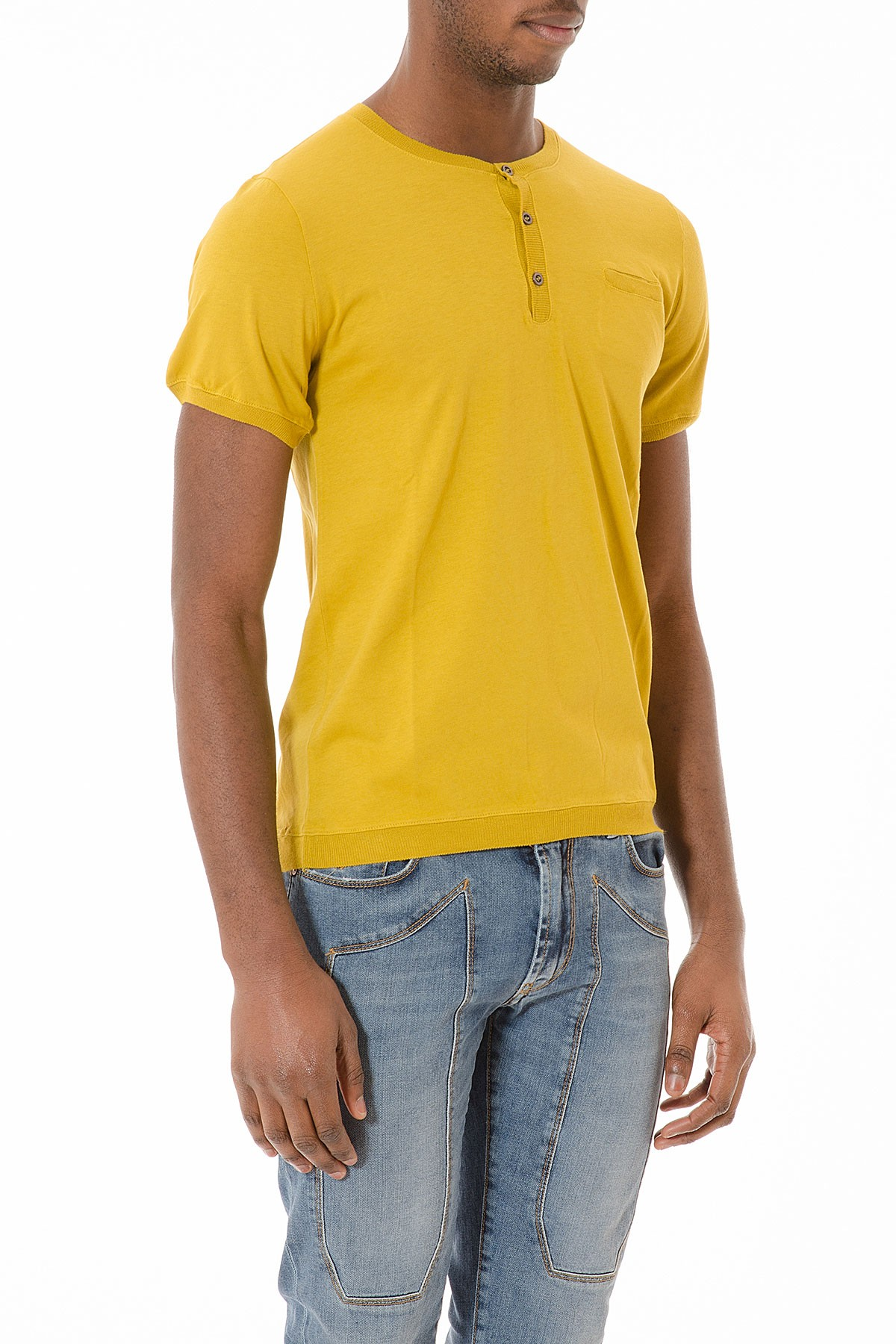 mustard colour t shirt in cotton for man s s 2015 retois. Black Bedroom Furniture Sets. Home Design Ideas