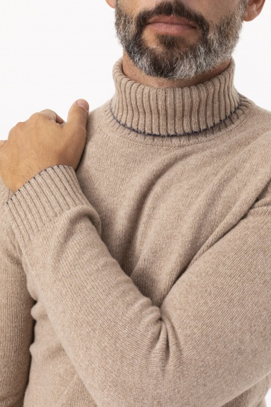 Roll-neck pullover for man H953