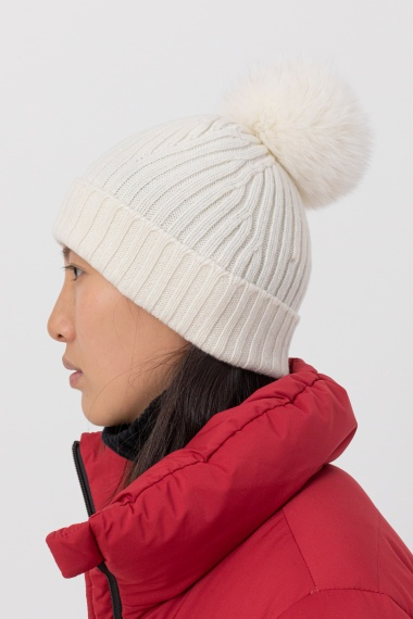 White cap for woman VANISE' F/W 21-22