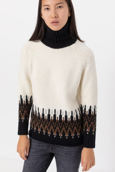 White and black rollneck pullover ALPHA F/W 21-22