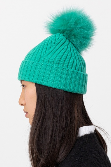 Green cap for woman VANISE' F/W 21-22