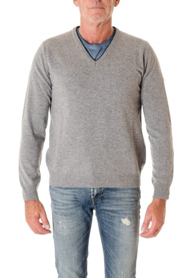 b32ebb11e7 F W 16-17 Gray V neck sweater for men RIONE FONTANA with patch ...