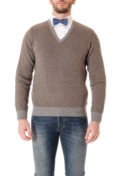 RIONE FONTANA V-neck sweater with micro-pattern on a gray and brown background F/W 16-17