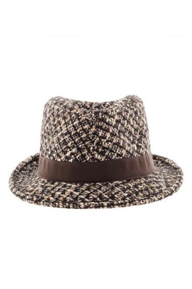 484052c9057 Hat TAGLIATORE F W 16-17 with brown profile ...