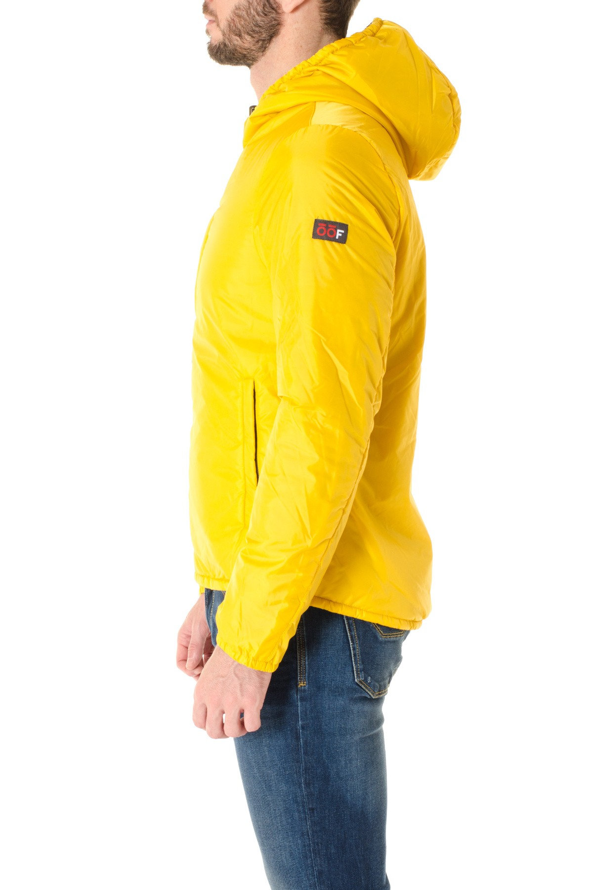 yellow jacket online dating There are several ways to treat a yellow jacket stingtreatment consists of treating the symptoms associated with sting yellow jacket sting treatment is similar to treating a bee stingthe most common symptoms of getting stung by a yellow jacket are pain and itching.