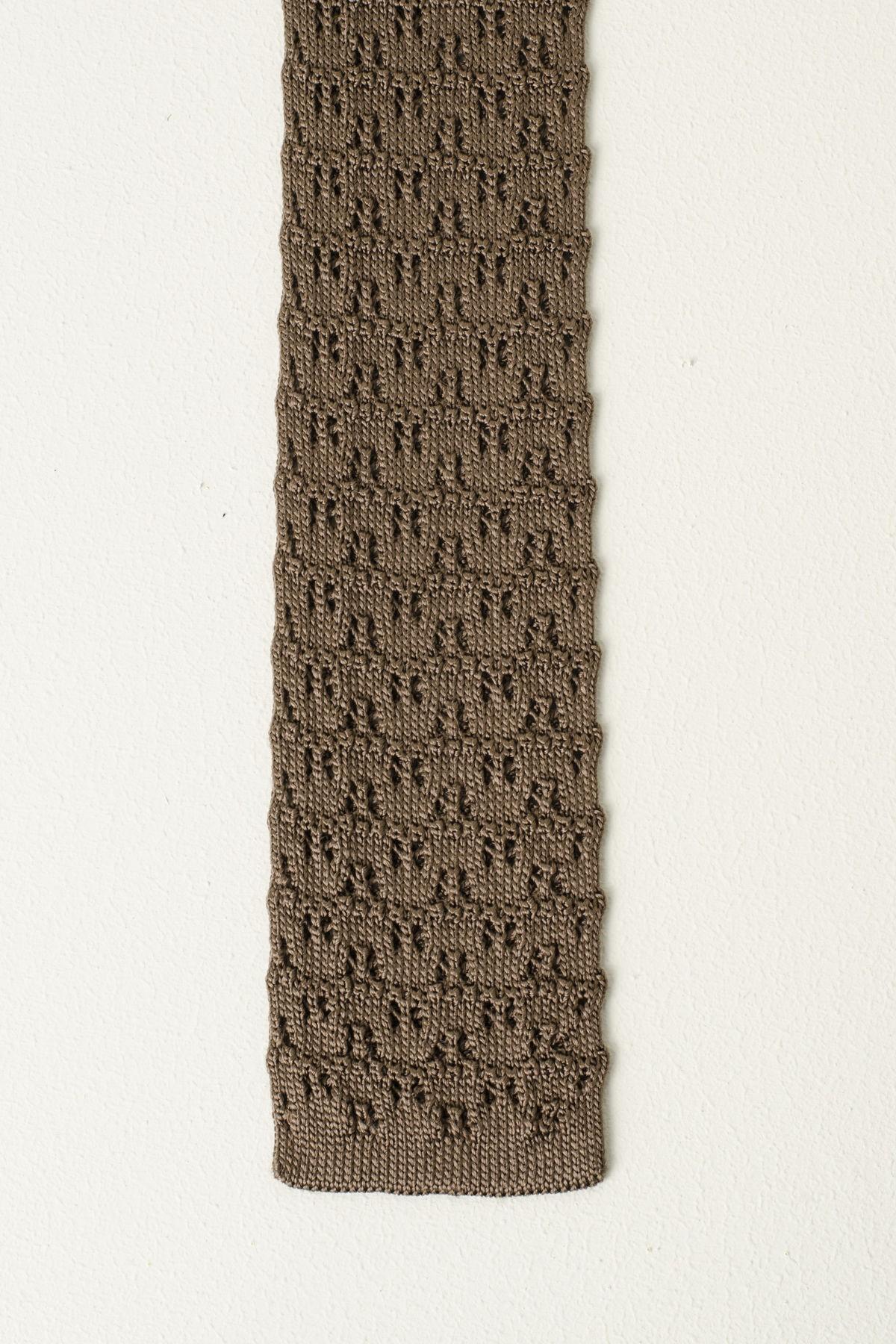 Cravatta ELEVENTY marrone
