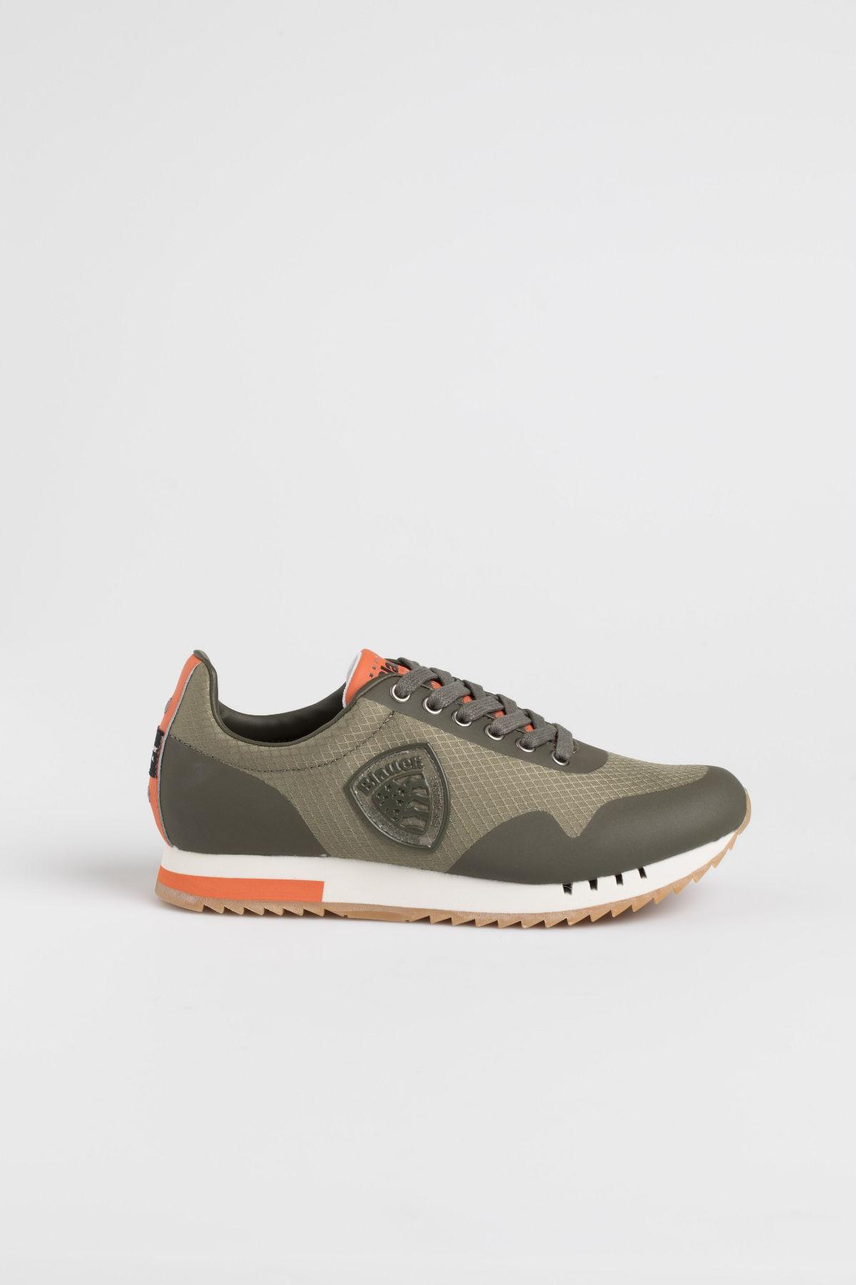 scarpe casual ottenere a buon mercato super economico rispetto a scarpe blauer