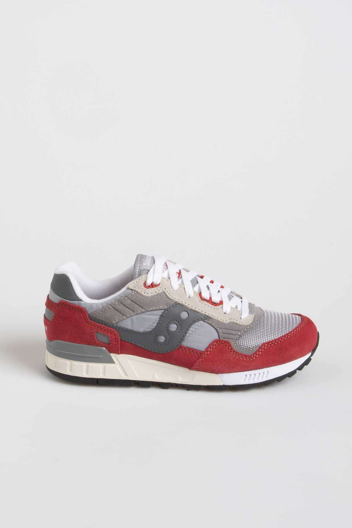 31a7dd47 SAUCONY SHADOW 5000 Vintage grey / red S/S19 - Rione Fontana