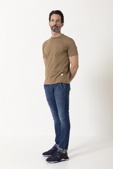 T-shirt per uomo TAGLIATORE P/E 21