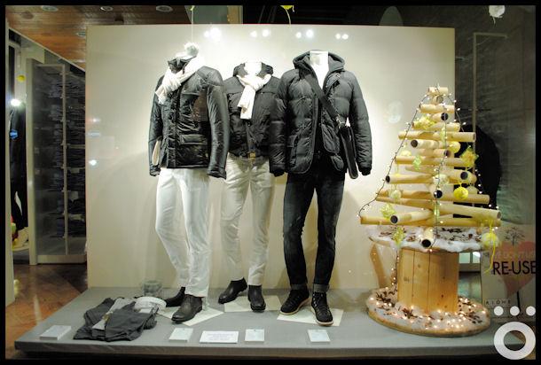 Foto di vetrina di abbigliamento 97