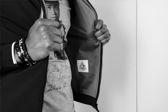 Bracciali di cuoio Orciani - D'Amico, giacca C.P. Company, maglietta The Aloha Pocket Story